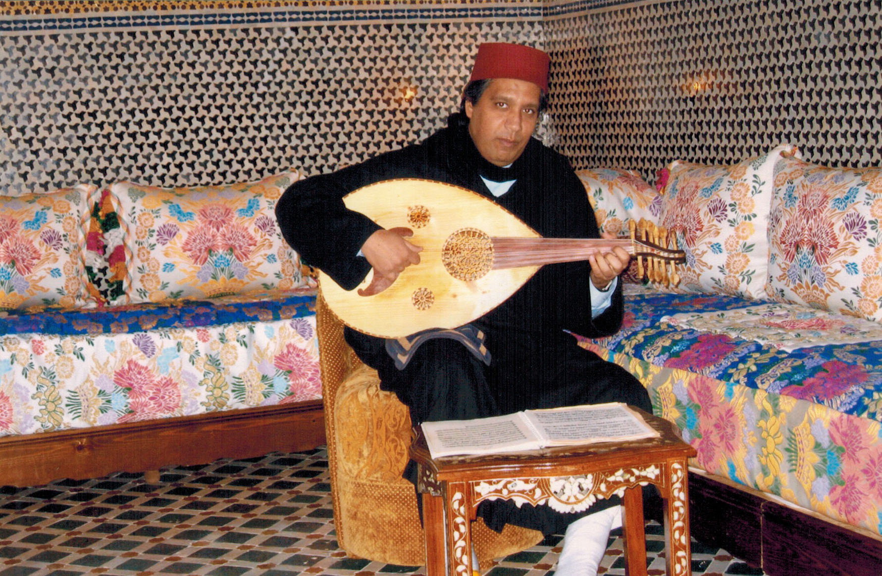 Lute player at the Riad Al Yakout in Fez, Morocco