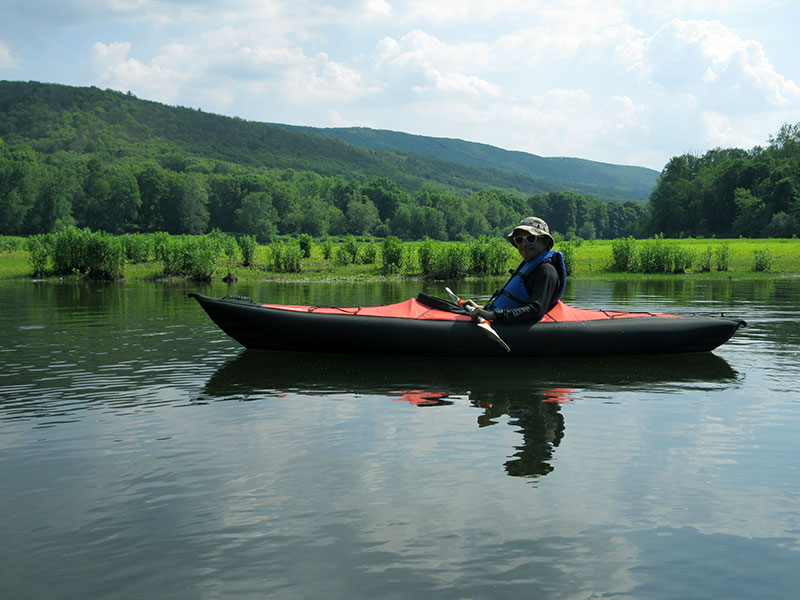 Hector kayaking the Delaware River
