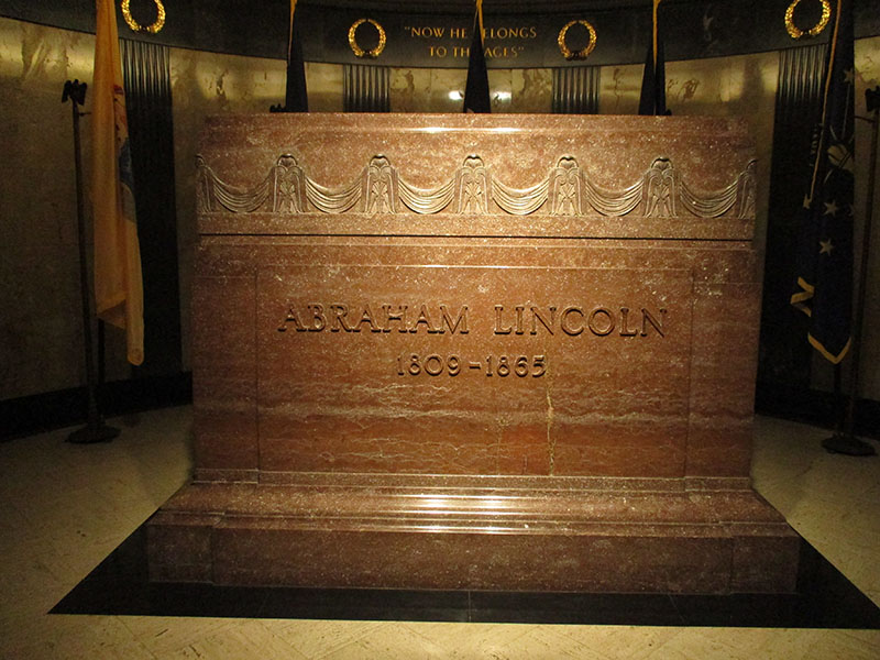 Lincoln's Tomb at Oak Ridge Cemetery