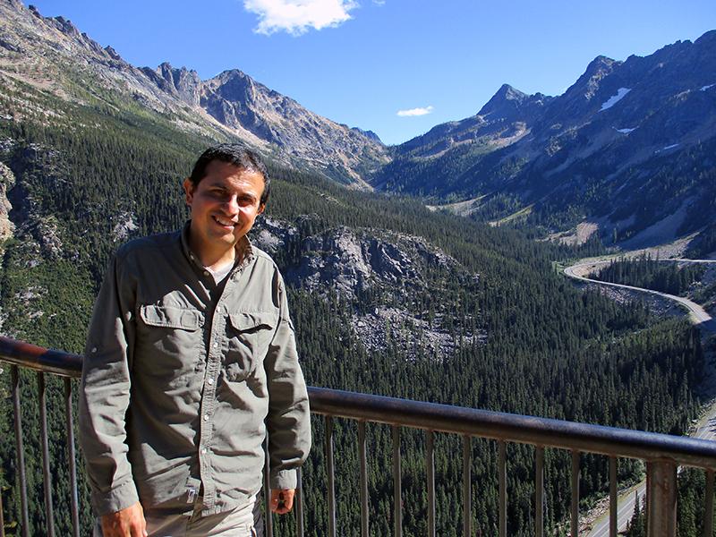 Hector at Washington Pass Overlook