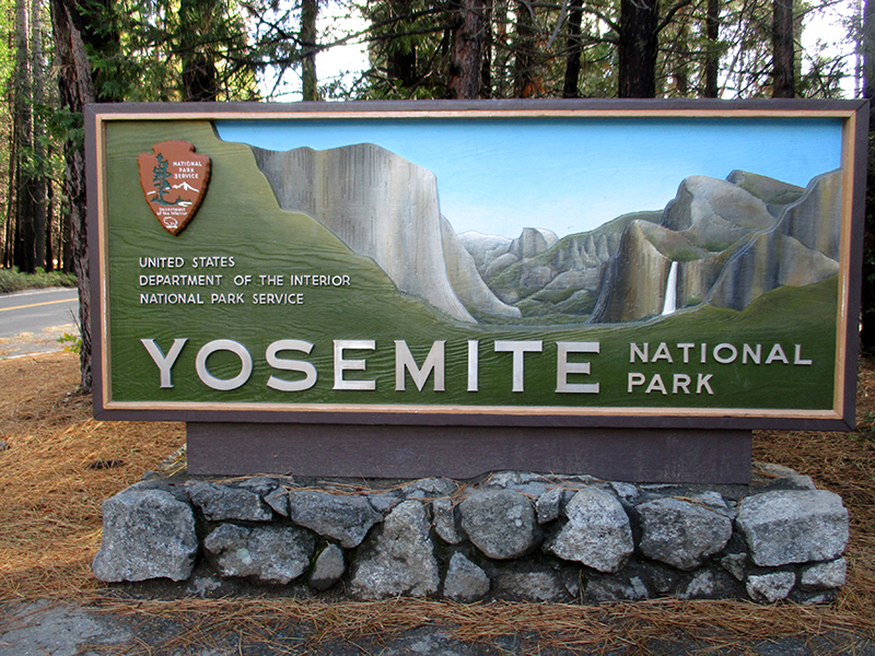 Yosemite National Park entrance sign