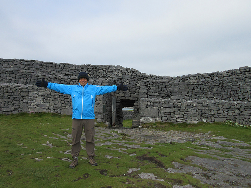 Hector at Dún Aenghus on Inishmore